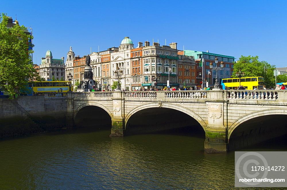O'Connell Bridge over River Liffey