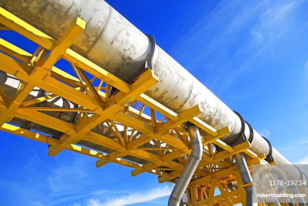 oil pipeline,