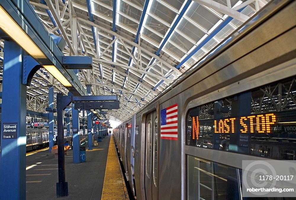 USA, New York State, Brooklyn, Coney Island, Subway Platform