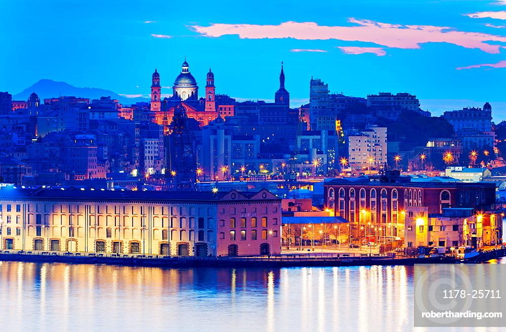 Italy, Liguria, Genoa, Old town at dusk