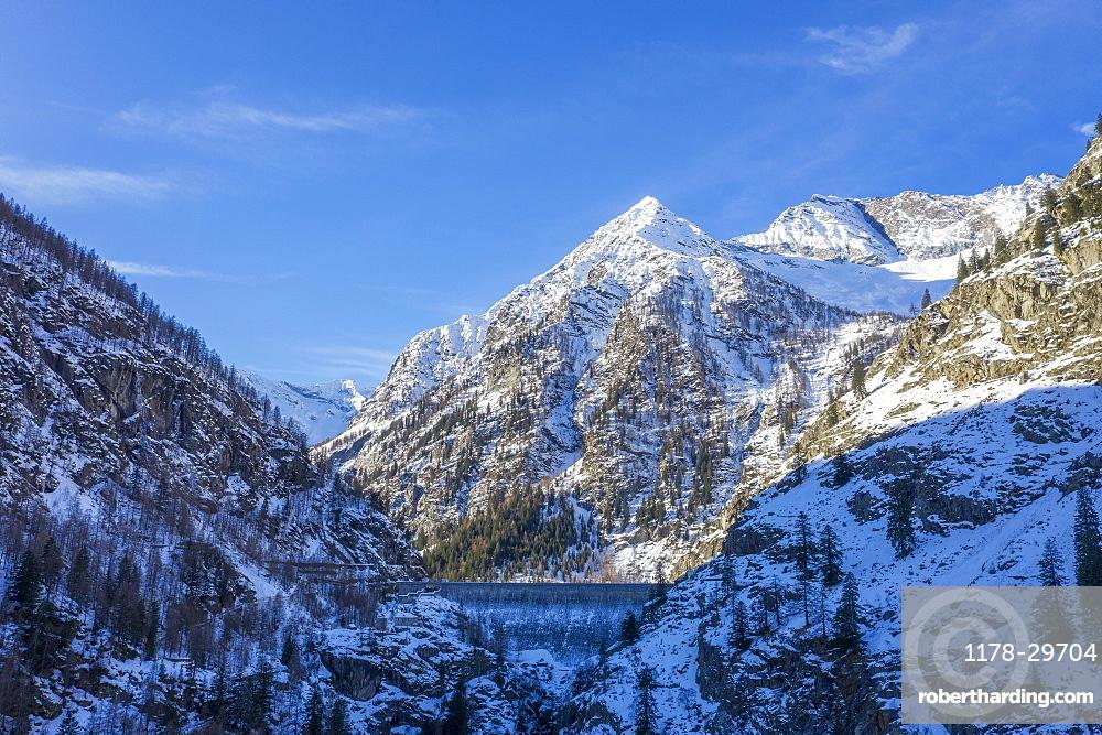 Italy, Piedmont, Italian Alps, Mountains on sunny day in winter
