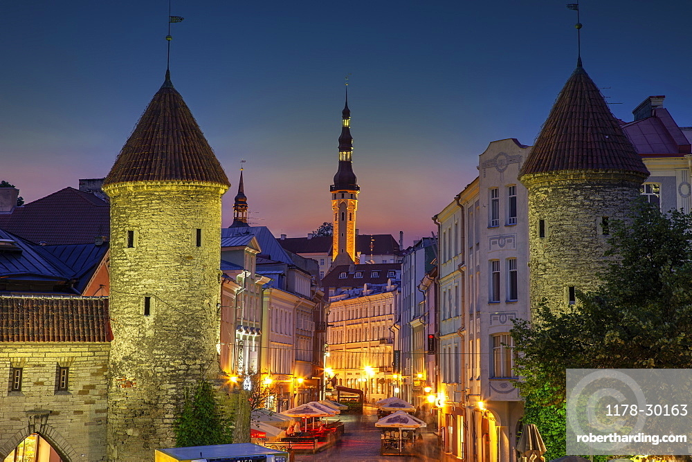 Europe, Baltic States, Estonia, Tallinn, Old town architecture at night