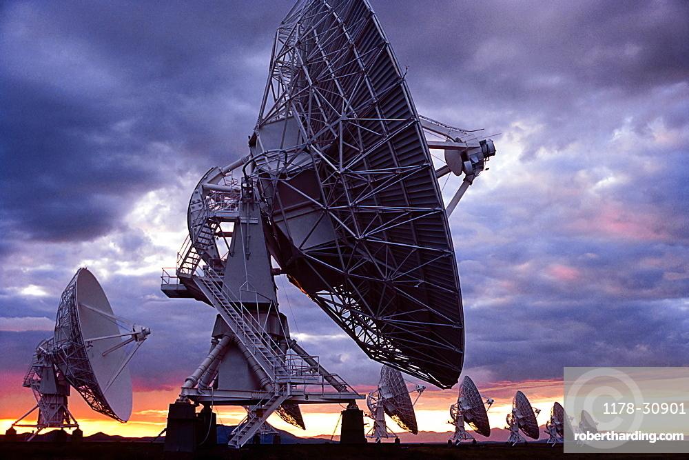 United States, New Mexico, Socorro, Radio telescopes at Karl G. Jansky Very Large Array at sunset