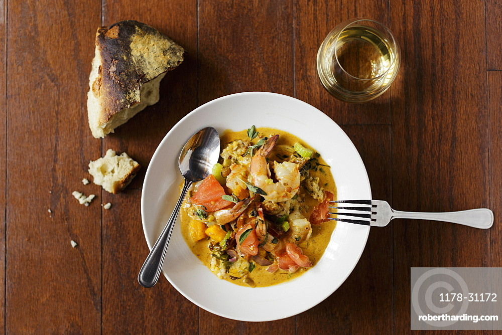 Shrimp and grits, wine pairing