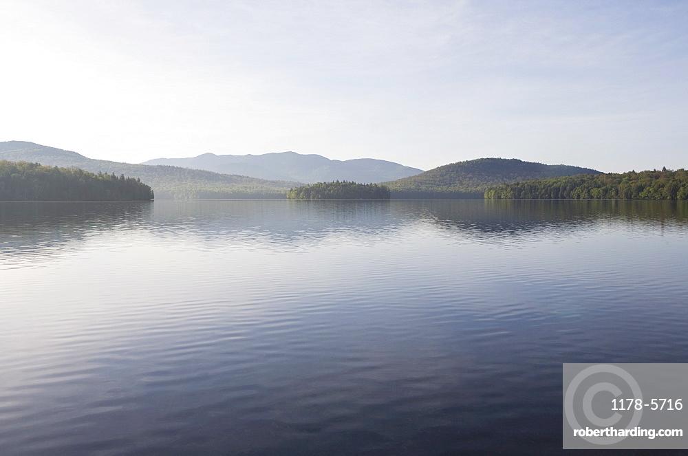 USA, New York State, Adirondack Mountains, Lake Placid in morning