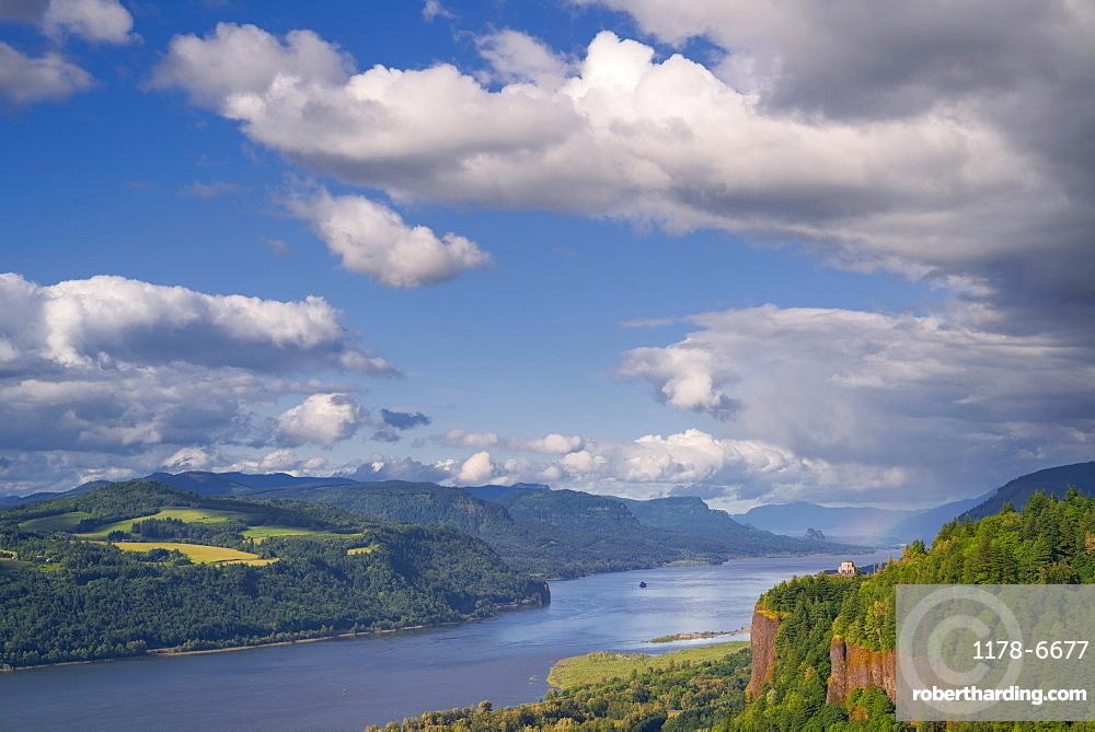 View of Columbia River, Columbia River Gorge, Oregon, Washington, USA