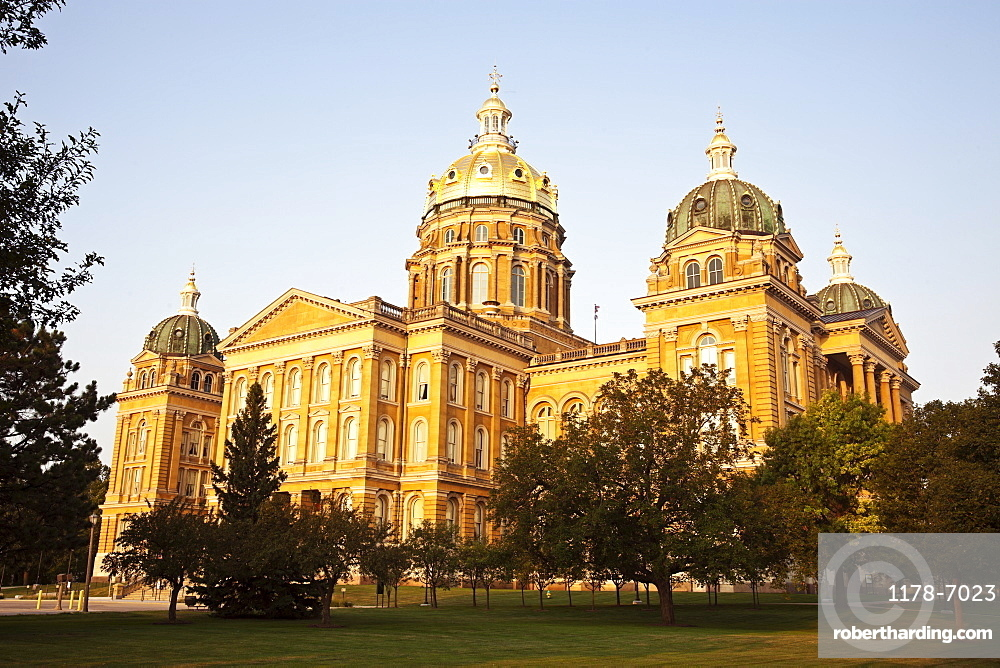 Entrance to State Capitol Building, USA, Iowa, Des Moines