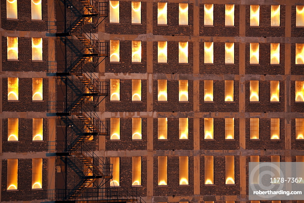 USA, Illinois, Chicago, Detail of illuminated building