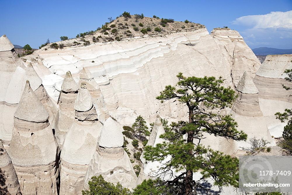 USA, New Mexico, Kasha-Katuwe Tent Rocks National Monument
