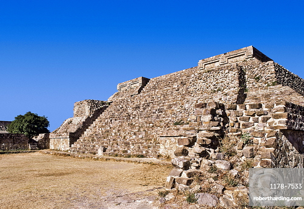 Mexico, Oaxaca, Monte Alban, pre-Columbian archaeological site, built 600 BC by the Zapotecs