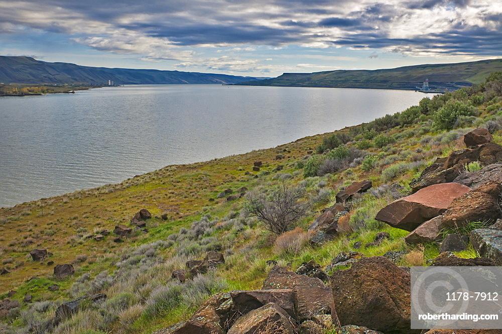 USA, Oregon, Gilliam County, Columbia River