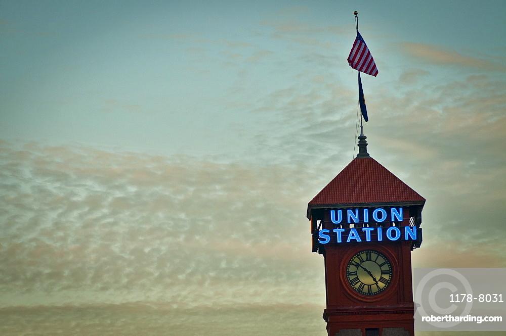 USA, Oregon, Portland, Top of Union Station tower