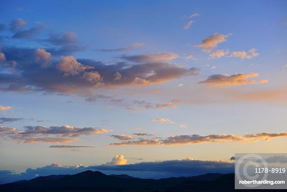 Scenic sky at dusk