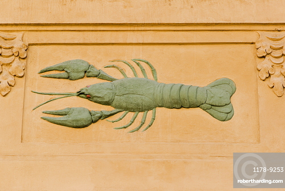 Lobster carving to identify house, Prague