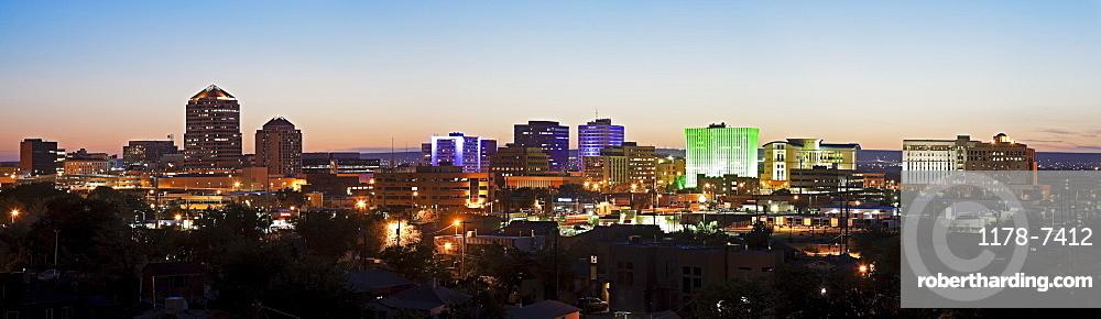 USA, New Mexico, Albuquerque, Panoramic cityscape at dusk