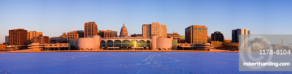 USA, Wisconsin, Madison skyline at sunrise