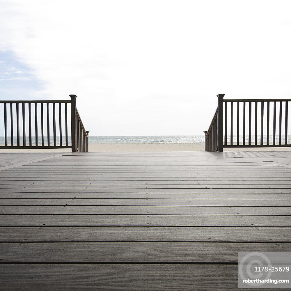 Massachusetts, Wooden promenade on beach