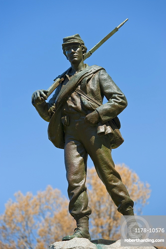 Statue of union soldier at Vicksburg National Military Park