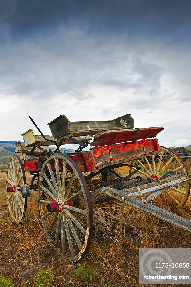 Old fashion wagon