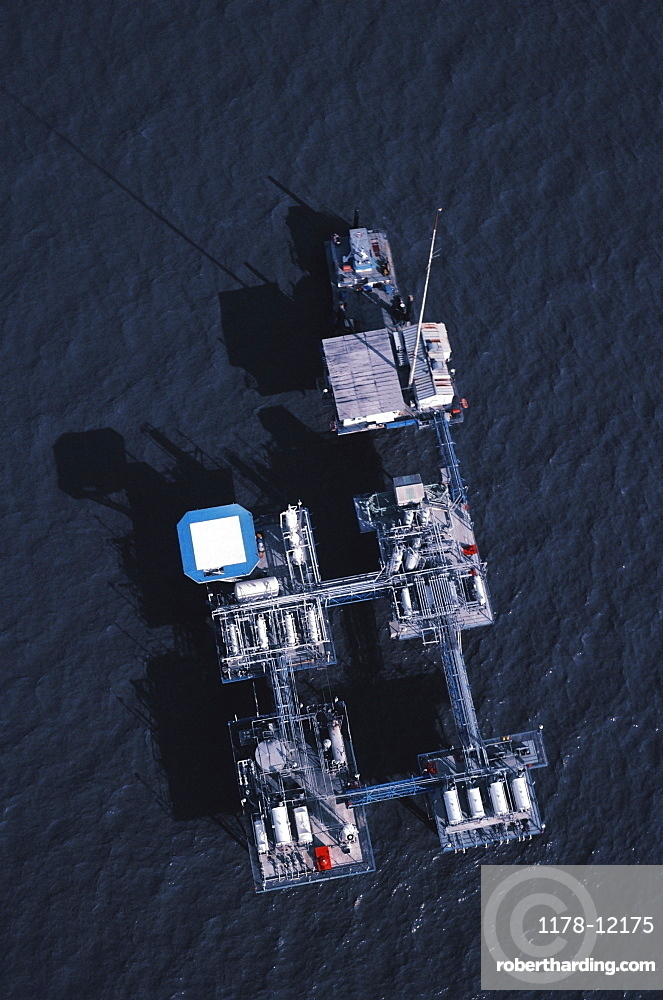 Aerial view of oil rig platform in the Gulf of Mexico