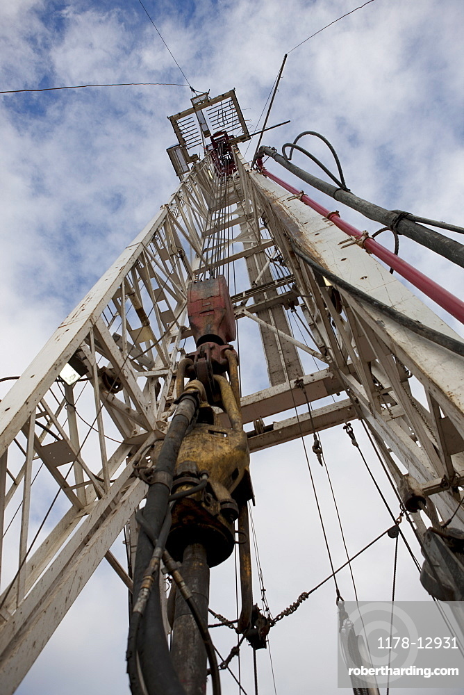 Oil drill on rig