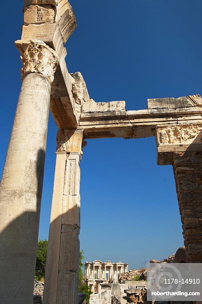 Turkey, Ephesus, Hadrian's Temple framing Celsus Library