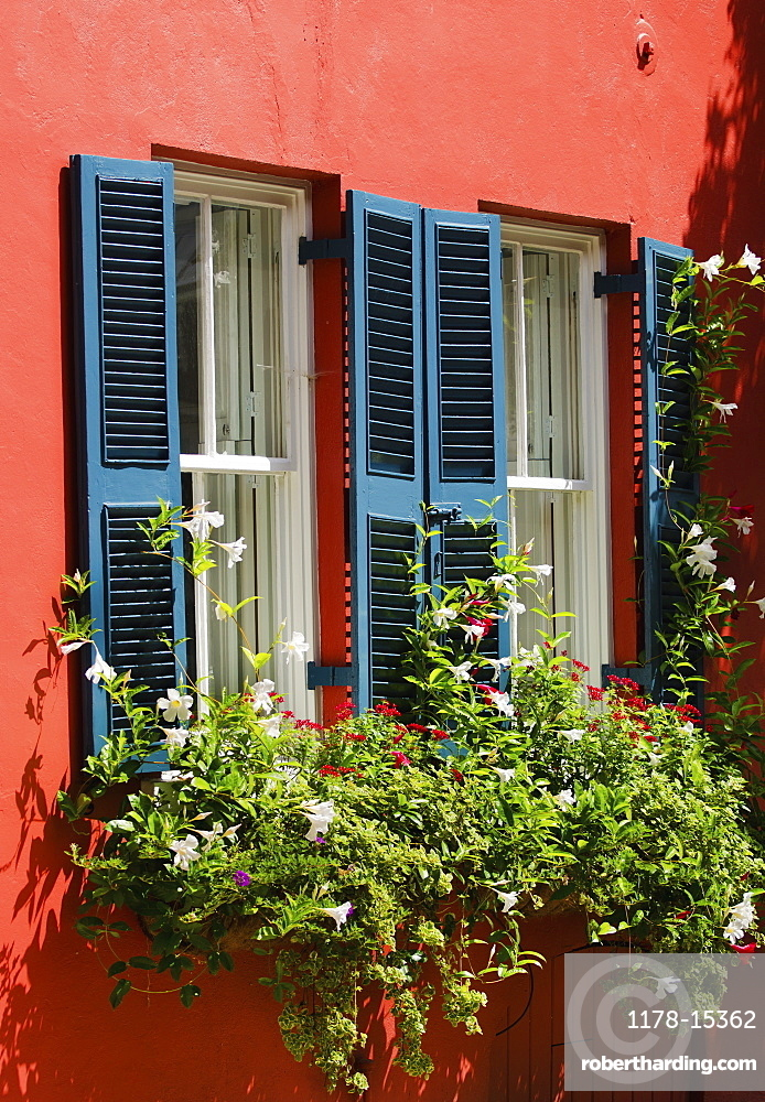USA, South Carolina, Charleston, Close up of house in old town