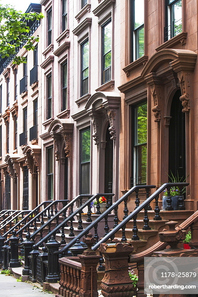 USA, New York State, New York City, Brooklyn, Facades and entrances of townhouses