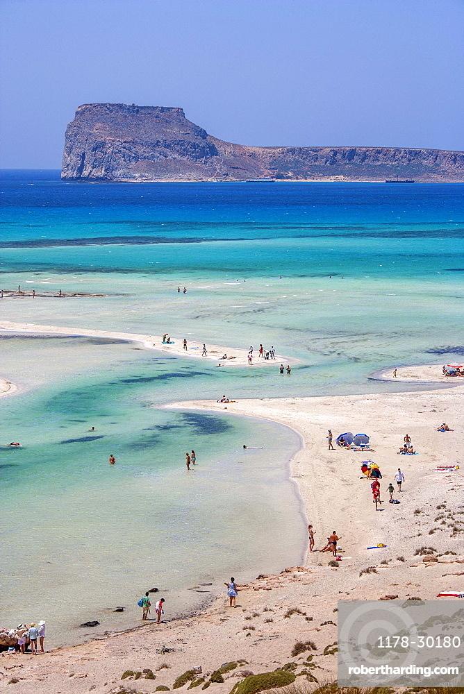 Greece, Crete, Gramvoussa Peninsula, Balos, People on beach and turquoise sea