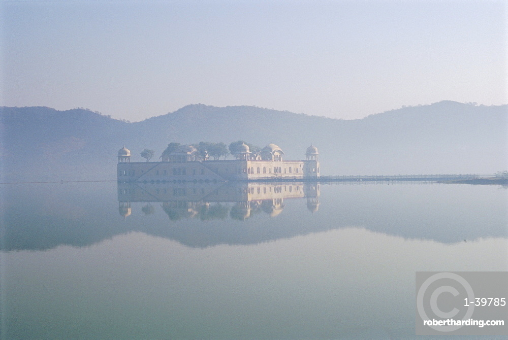 Jal Mahal, once a hunting lodge, reflected in the lake near Amber, Jaipur, Rajasthan, India