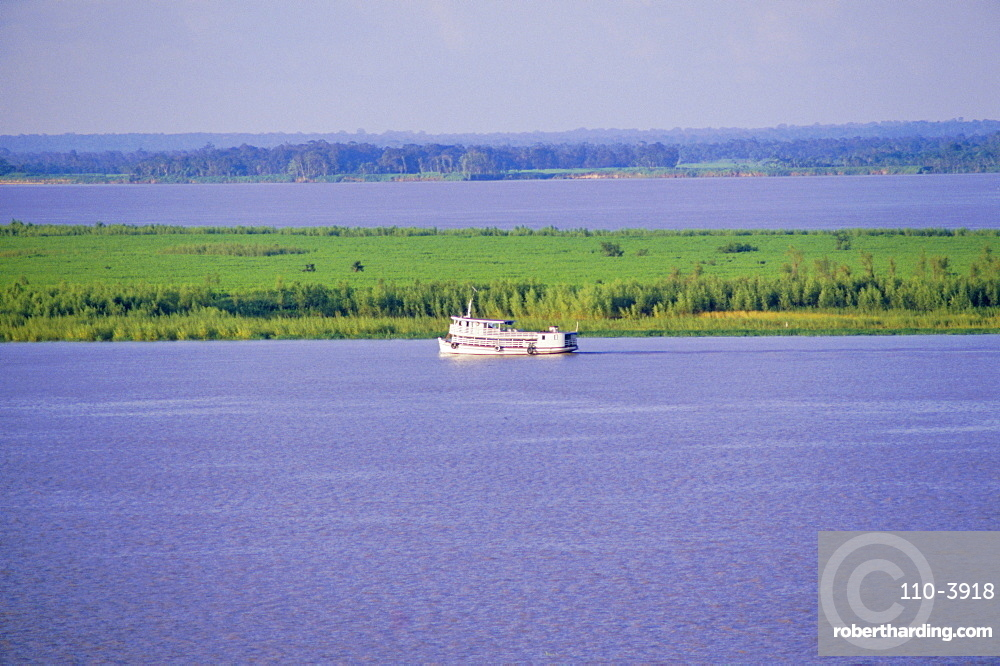 River Amazon near Santarem, Brazil, South America