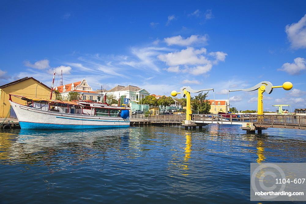 L.B. Smith Bridge, Punda, Willemstad, Curacao, West Indies, Lesser Antilles, former Netherlands Antilles, Caribbean, Central America