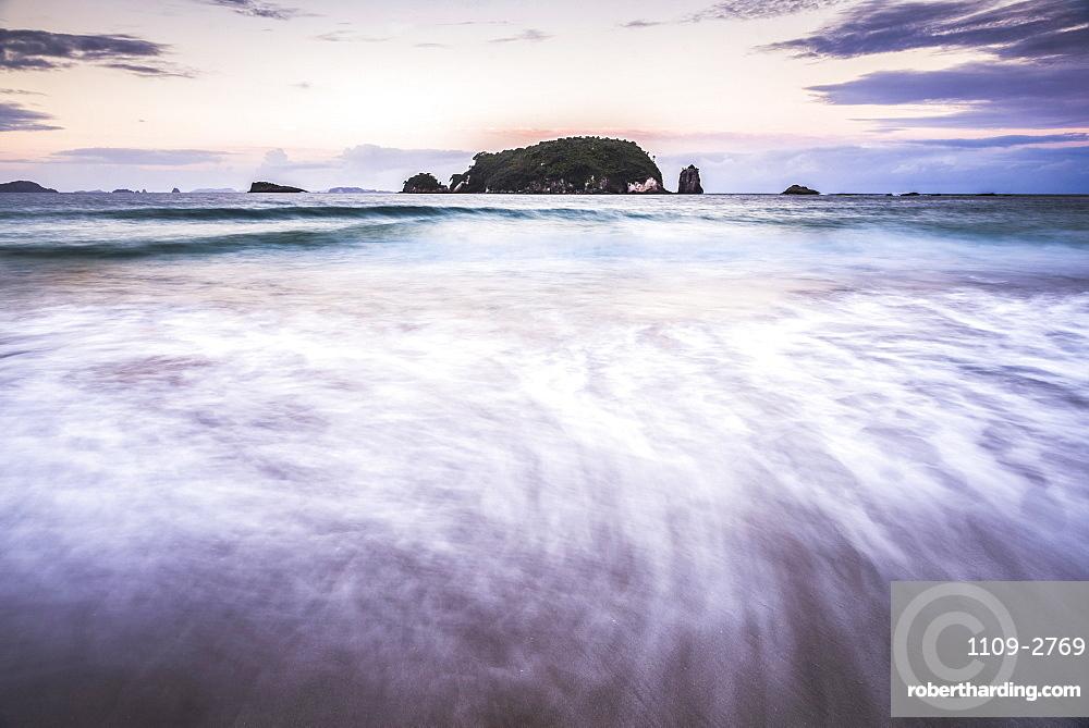 Sunset at Hahei Beach, Coromandel Peninsula, North Island, New Zealand, Pacific
