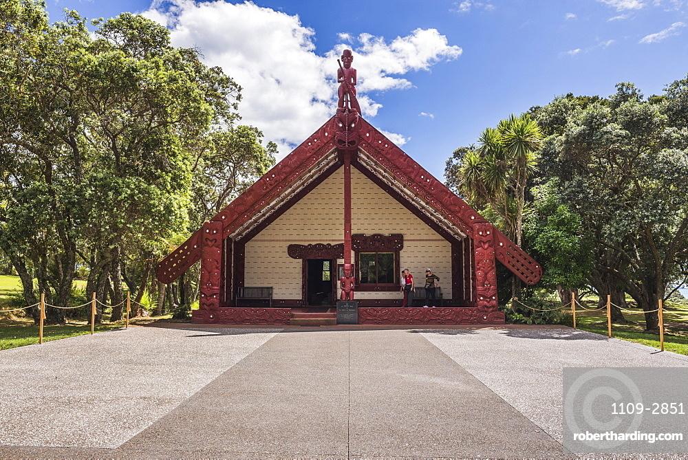 Maori Meeting House, Waitangi Treaty Grounds, Bay of Islands, Northland Region, North Island, New Zealand, Pacific