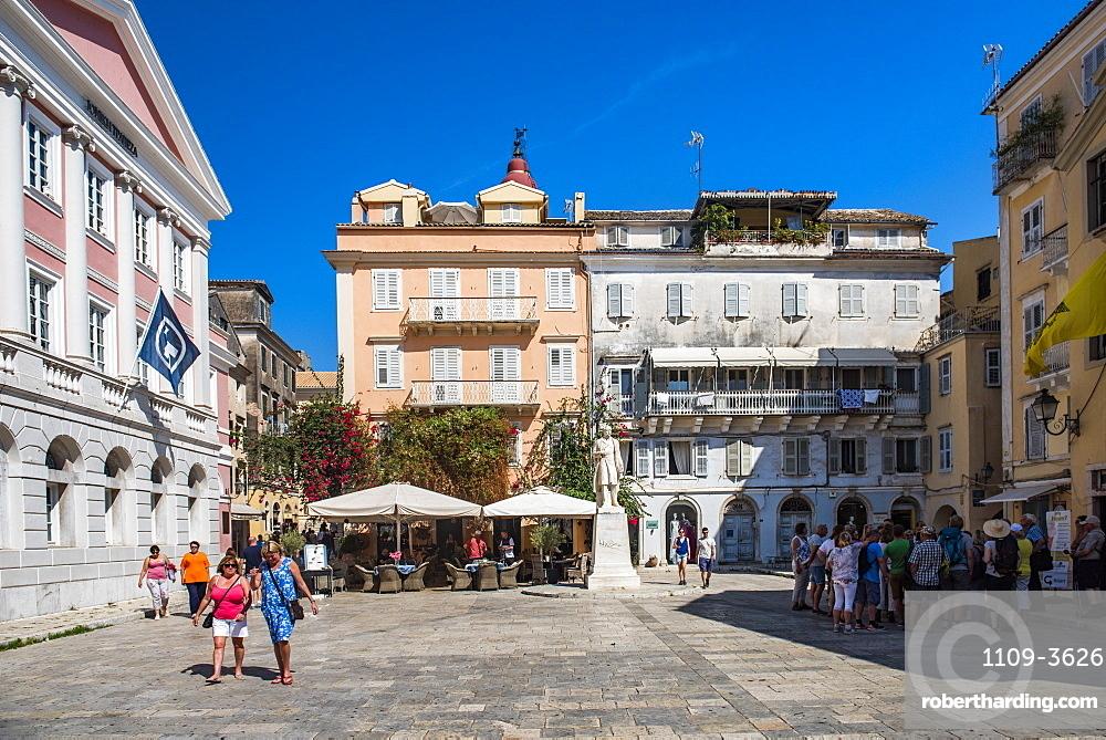 Public square in old town of Corfu, Corfu Island, Ionian Islands, Greece, Europe