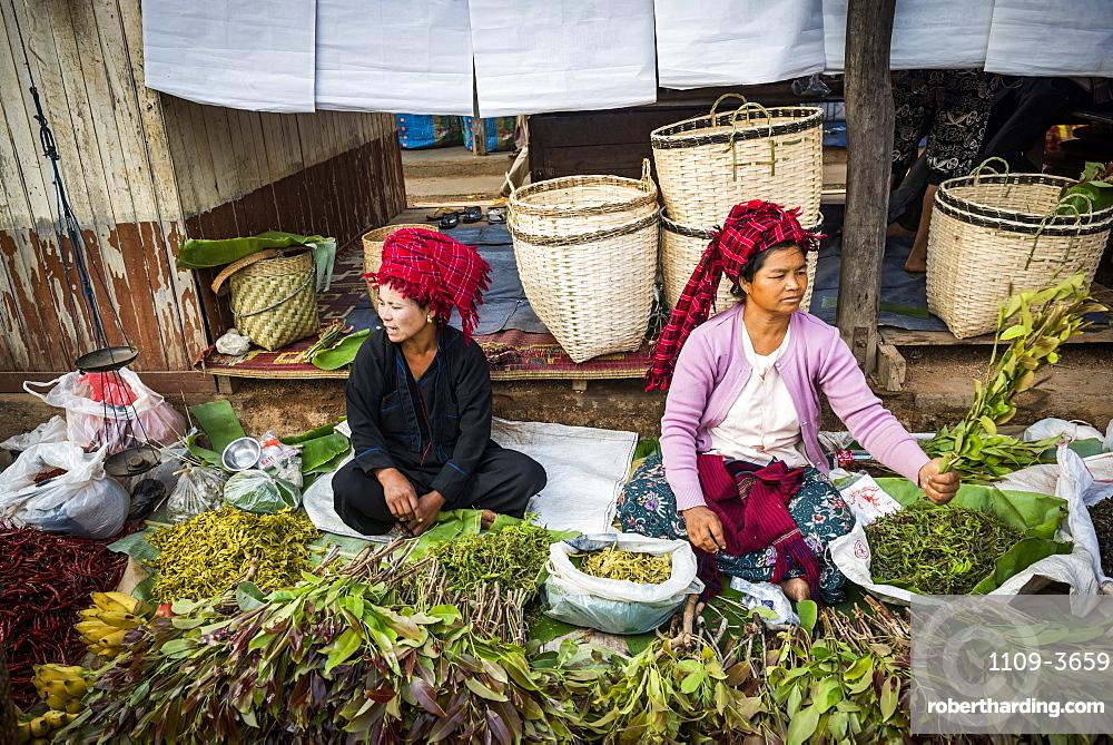 Market stall owned by Pa-O tribe, Ywama Market, Inle Lake, Shan State, Myanmar (Burma), Asia