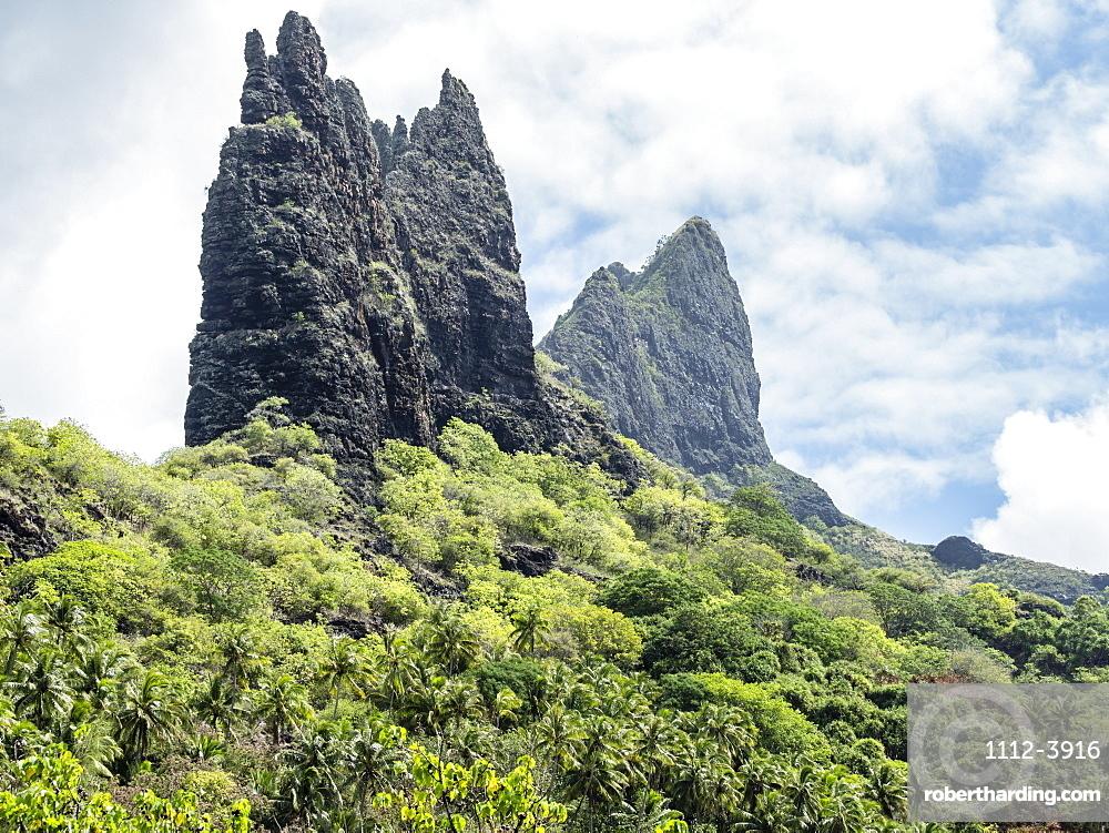 The rugged coastline of Nuku Hiva Island, Marquesas, French Polynesia, South Pacific, Pacific