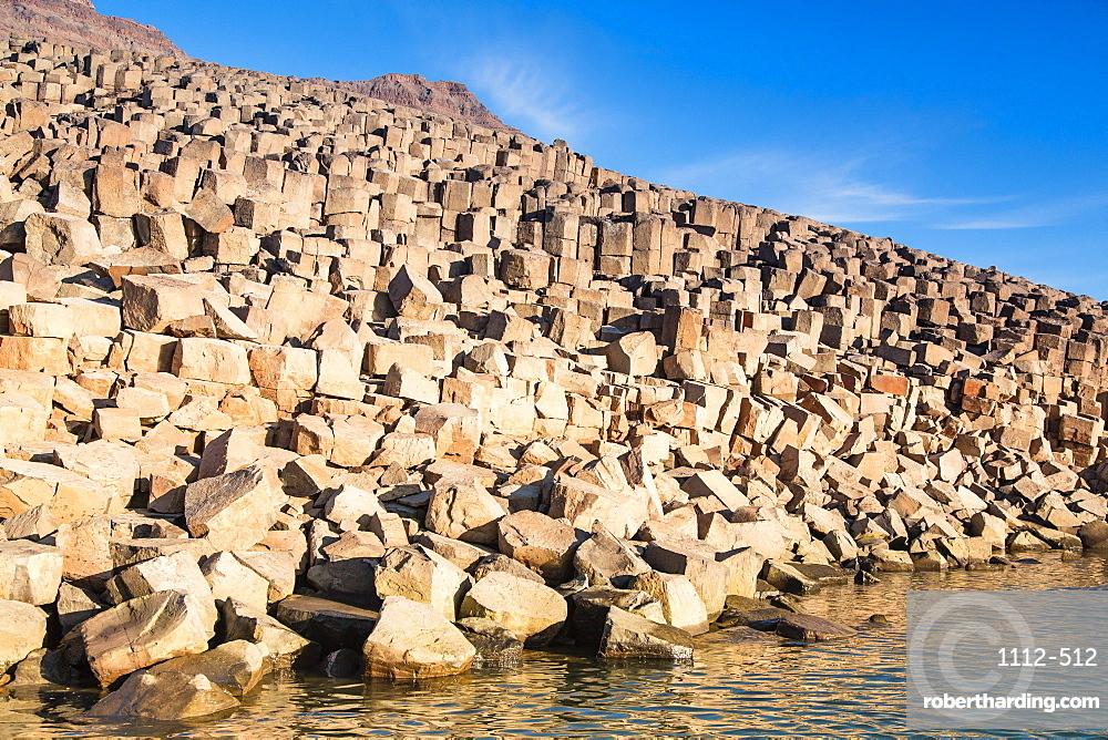Columnar basalt, Vikingbukta (Viking Bay), Scoresbysund, Northeast Greenland, Polar Regions