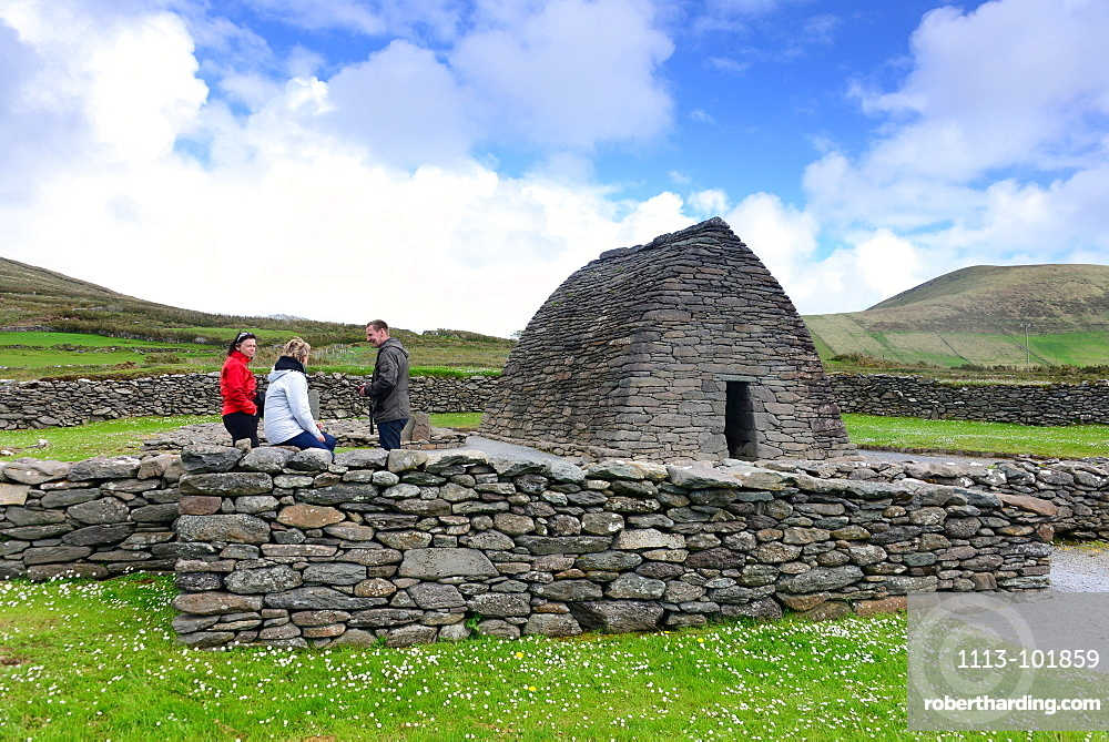 Gallarus Oratory, believed to be an early Christian church, Dingle peninsula, Kerry, West coast, Ireland