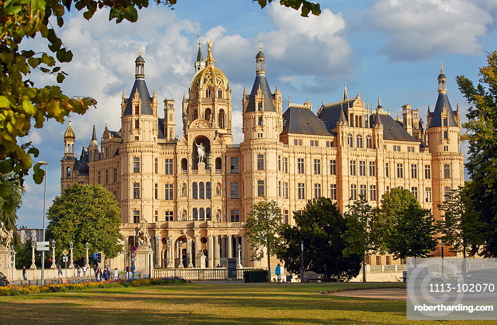 Schwerin castle, Schwerin, Mecklenburg Vorpommern, Germany
