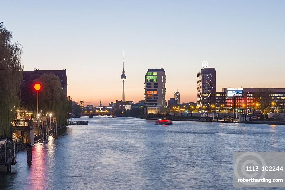 Skyline Berlin with the river Spree, View from Oberbaum bridge towards Media Spree, Skyscraper Living Levels, Mercedes, Berlin, Germany
