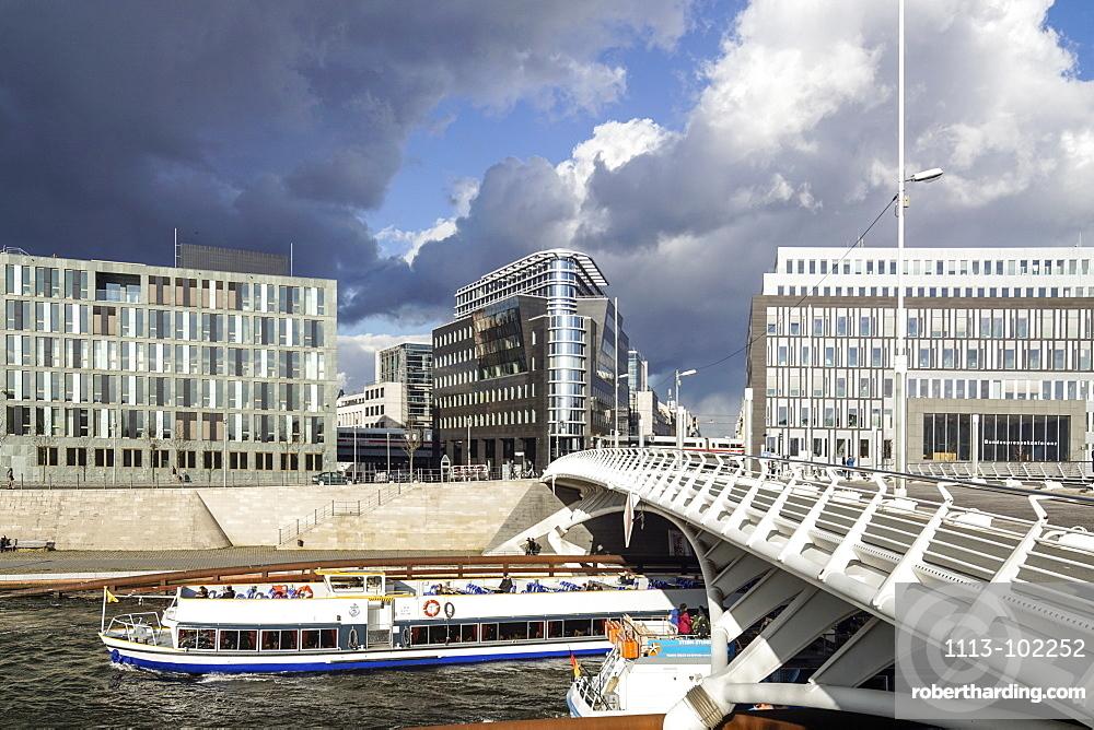 Tour Boat along the river Spres, Kronprinzen bridge and modern architecture, Santiago Calatrava, Berlin, Germany