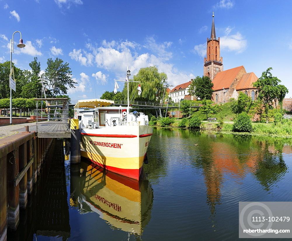 old Port at the Havel, Sankt-Marien-Andreas Church on Kirchberg, Rathenow, Brandenburg, Germany