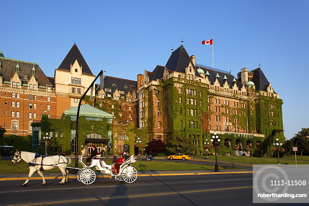 Hotel Empress, carriage, Victoria, Vancouver Island, Canada, North America