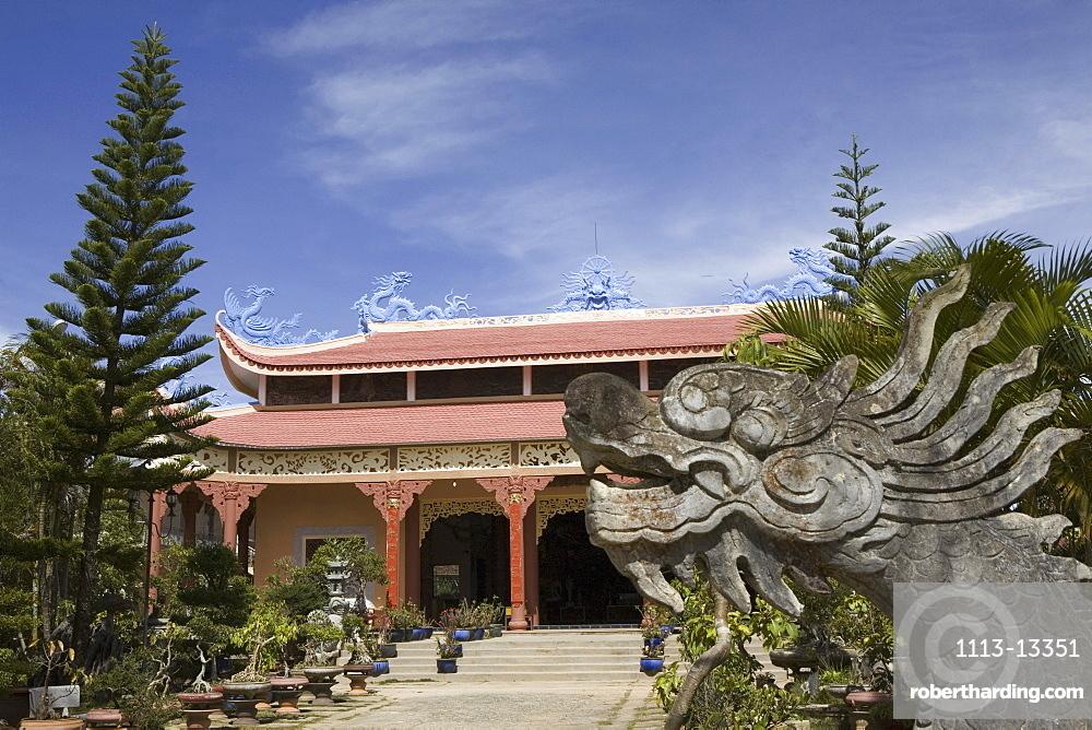 Exterior view of the Thien Van Hanh Pagoda at Dalat, Lam Dong Province, Vietnam, Asia
