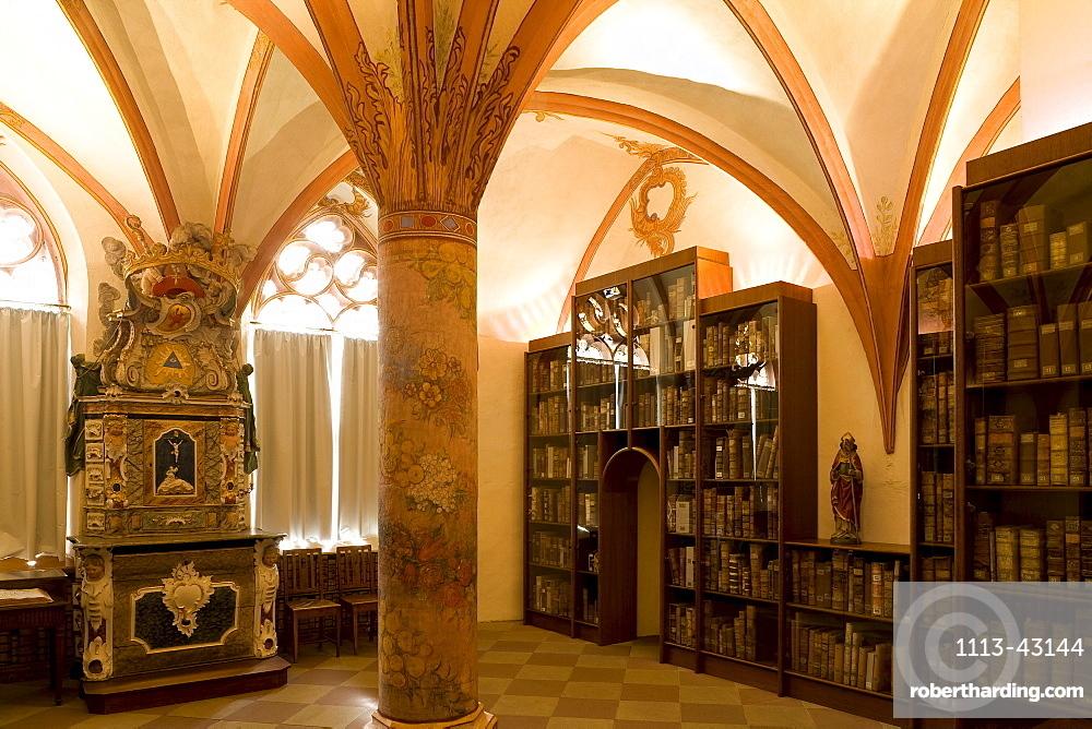 Library of St. Nikolaus-Hospitals, Cusanusstift, Bernkastel-Kues, Rhineland-Palatinate, Germany, Europe