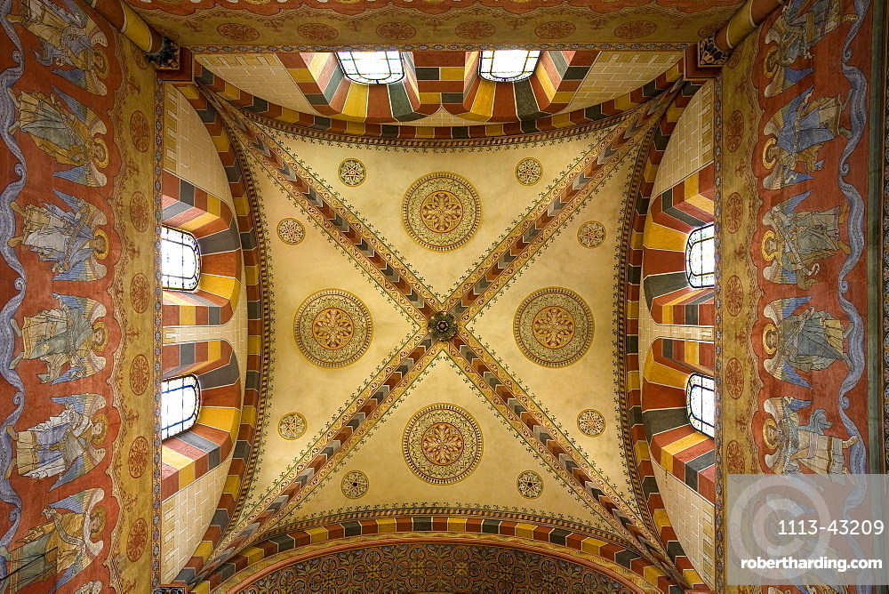 Ceiling paintings at the monastery church in Koenigslutter, Lower Saxony, Germany, Europe