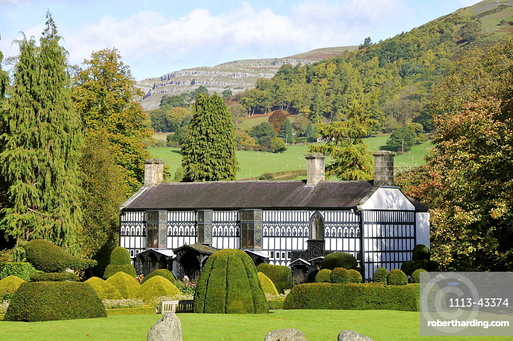 Plas Newydd near Llangollen, was the home of the Ladies of Llangollen for nearly 50 years. Today, it is run as a museum, Llangollen, Denbighshire, North-Wales, Wales, Great Britain