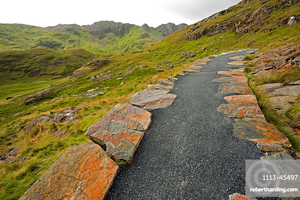 Miners Track towards Mt. Snowdon, Snowdonia National Park, Wales, UK
