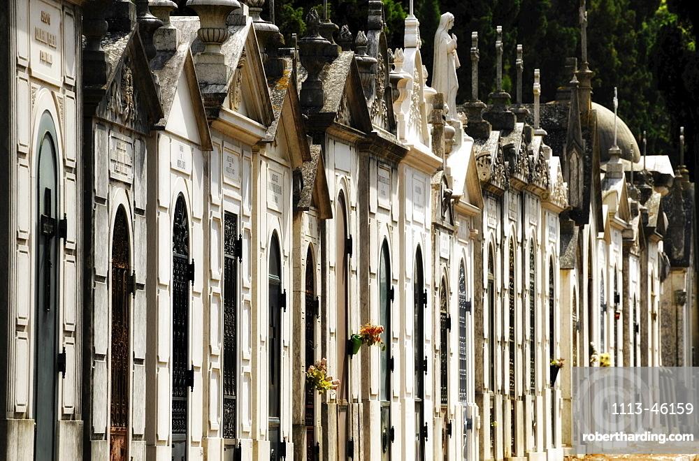 Tombs on the cemetery Cemiterio dos Prazeres, Lisbon, Portugal, Europe